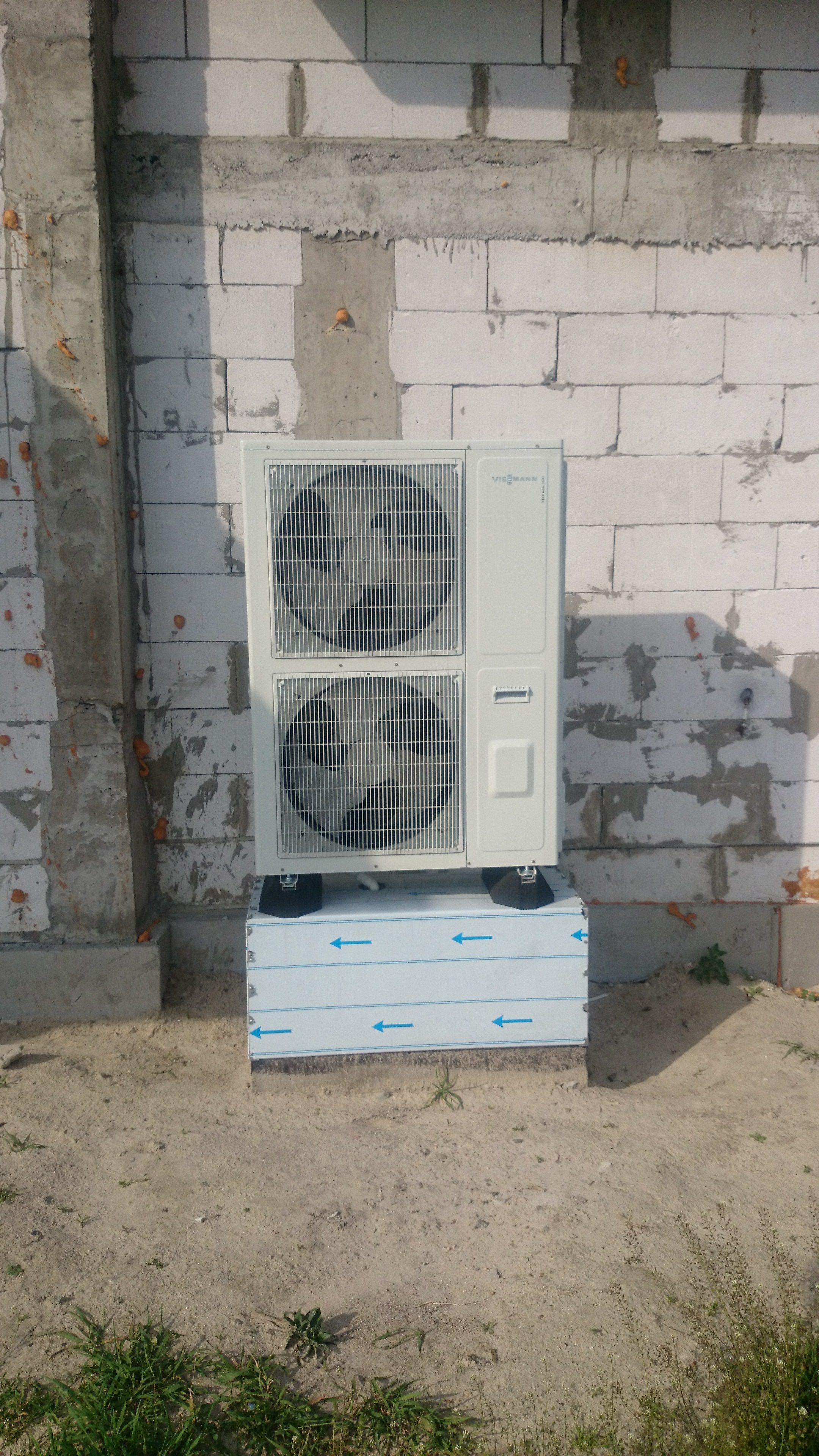 Montaż jednostki zewnetrznej pompy ciepła